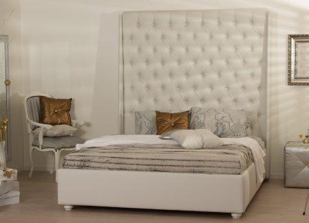 "Тапицирано легло ""Куин"""